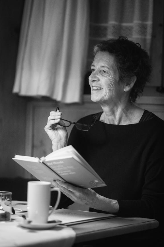 Rut Plouda liest aus ihrem Buch «Sco scha nüglia nu füss».