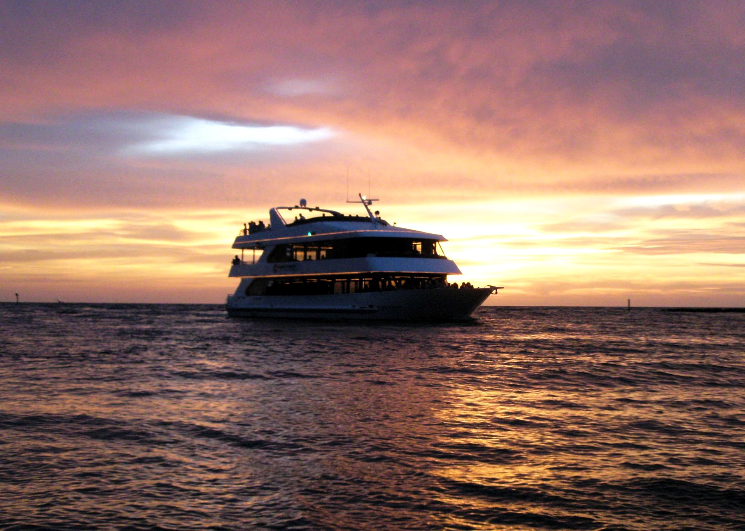 Unwind: Sunset Cruise