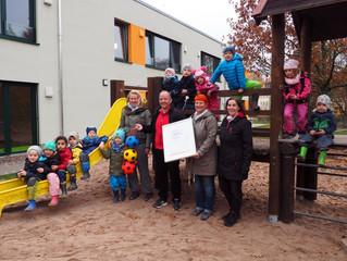 """Qualitätssiegel """"Bewegungsfreundliche Kindertagesstätte"""" für weitere 3 Jahre verlängert"""