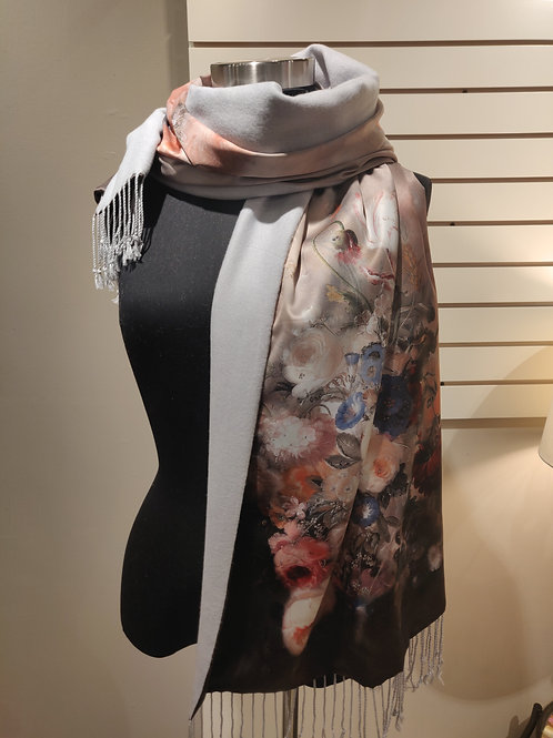 Silk scarf/wrap, reversible