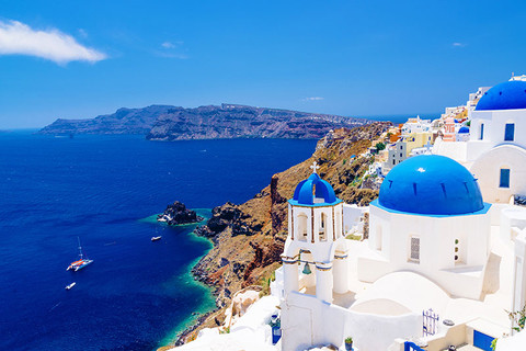 Santorini Awaits