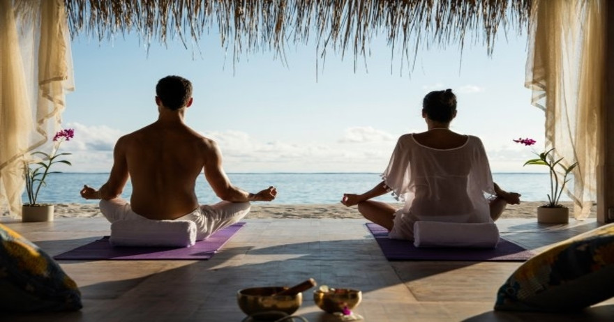 luxury-wellness-getaway-with-yoga-spa-me