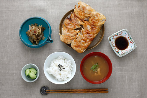 Fried Vege Gyoza : Pan-fried Vegetarian dumplings Teishoku (V)