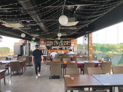 Review Sky Bistro, A Roof Top Restaurant/Bar with Great Golf View