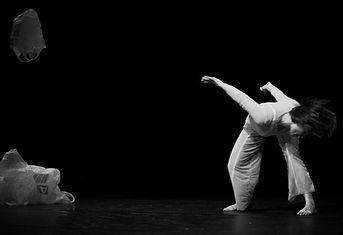 Flugzeichen, Britt Schilling, Marion Dieterle, nelly Winterhalder, Ralf Freudenberger, Art, Dance, contemporary dance, zeitgenössischer Tanz
