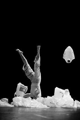 Flugzeichen, Marion Dieterle, Britt Schilling, Ralf Freundenberger, Nelly Winterhalder, Art, Dance, contemporary dance, zeitgenössischer Tanz