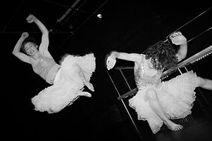 Marion Dieterle, DOSSIER 3-D-Poetry, Frauen, women CHICKS, dance, contemporary dance, contemporary dance cologne, performace, art, animation, emily welther, ehrenfeldstudios köln, bewegungs-art freiburg, tanznetz freiburg