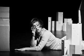 Marion Dieterle, DOSSIER 3-D-Poetry, Moving Home, cardborad, animation, dance, contemporary dance, performance, art,contemporary dance cologne, tanznetz freiburg, bewegungs-art freiburg, tanz nrw, now & next tanzhaus nrw, ehrenfeldstudios köln