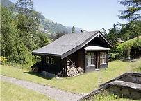 Interlude Bien-Être centre détox en Valais, Suisse. Grand chalet de 1880.