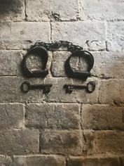 Shackles and convict bricks Nubrygyn.jpg