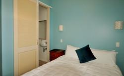 Snug Villa Room 2
