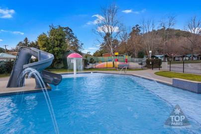 Bright Caravan Park Pool.jpg