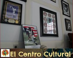 El Centro Cultural- Roberto Clemente