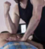 Le Deep Tissue est un massage musclaire intense