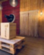 Photobooth Minden - Fotobox in Holzoptik perfekt für Scheunenhochzeit auf Hof Frien