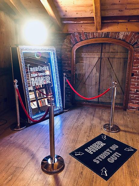 Photobooth Minden - Fotospiegel / Magic Mirror Scheunenhochzeit auf Hof Frien