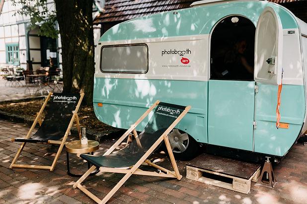 Photobooth Minden - Fotobox im Wohnwagen / Fotobox Caravan Scheunenhochzeit auf Hof Frien