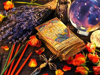 El tarot del amor: Dos rituales que no te puedes perder