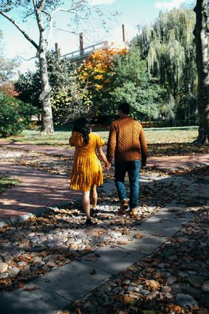engagement shoot couple philadelphia fall autumn