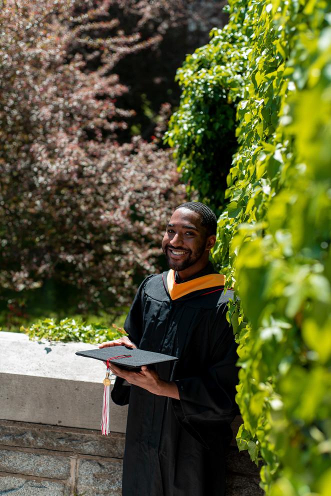 graduation photos philly college graduate portrait photographer