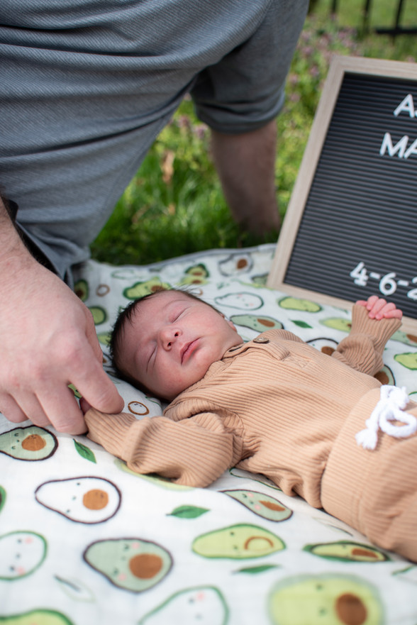 Newborn Lifestyle Shoot, Philadelphia newborn photographer newborn photography philly