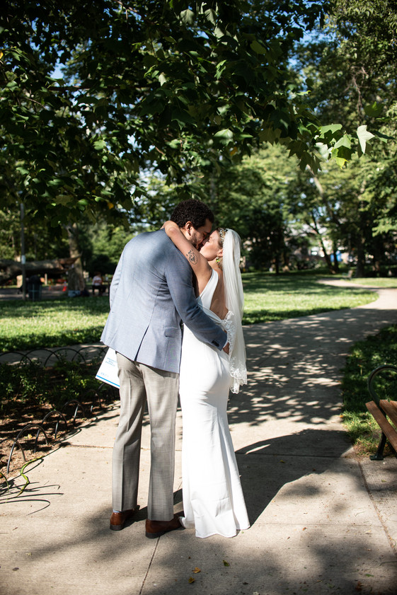 elopement philly philadelphia small wedding photography nature veil