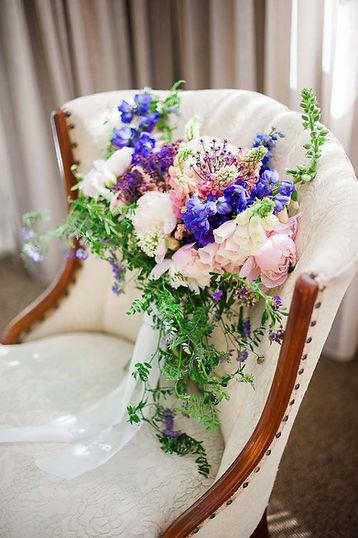 Mariage Manoir Hoveay, direction artistique & design floral Dominique Houle, photo: Nadine Grégoire photographie.