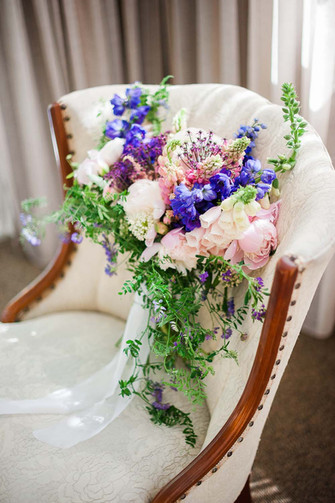 Quebec-styled-shoot-ultra-violet-detail-