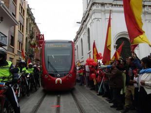 Se realizó segundo recorrido del tranvía de Cuenca por el Centro Histórico