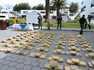 Decomisan 277 paquetes de droga en Baños de Agua Santa