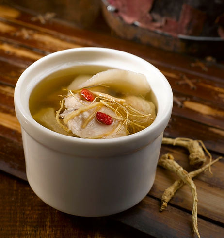 Double-boiled Waisan & Ginseng Roots with Chicken Soup