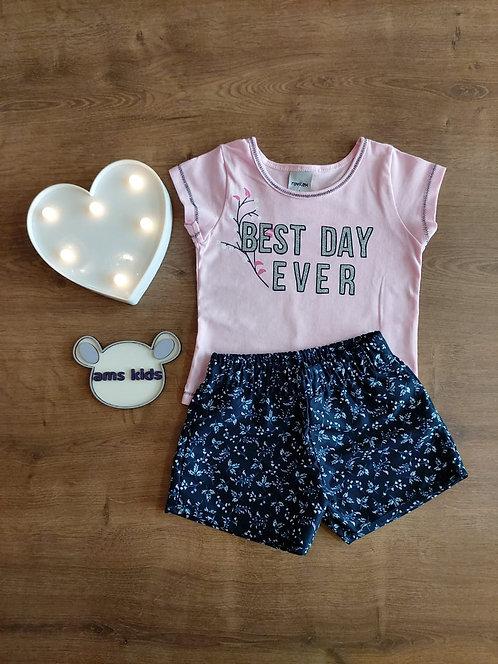 Conjunto blusa e short floral