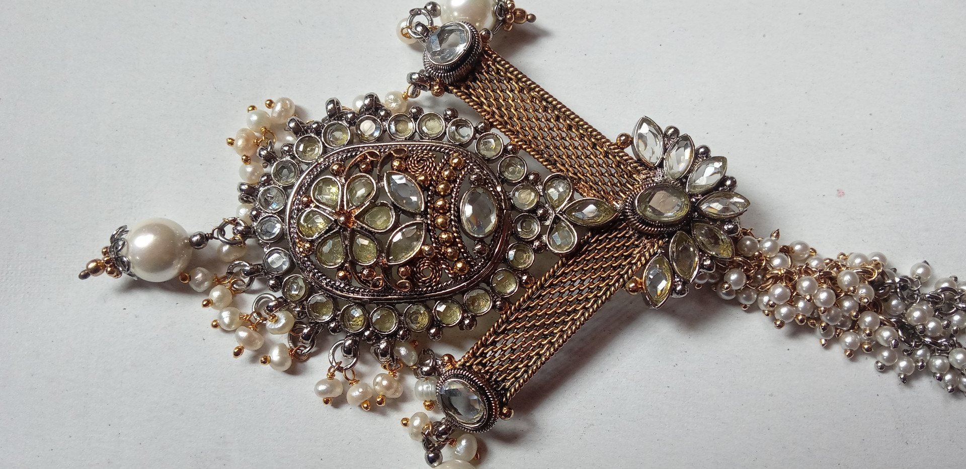Perl and crystal two tone ethnic Neckpiece