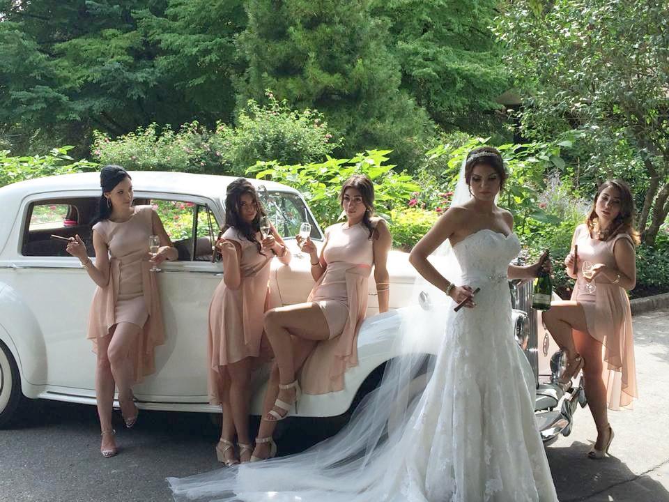 wedding-limo-ultimate-limousine_3_orig.j