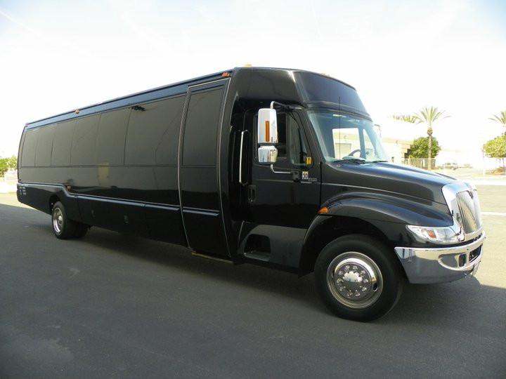 black-limo-bus_1_orig.jpg
