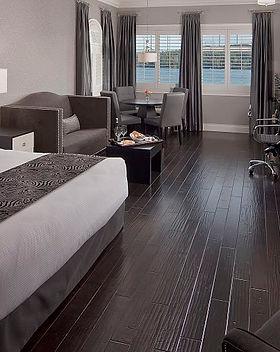 Opulent Deluxe King Studio Guestroom-1.j