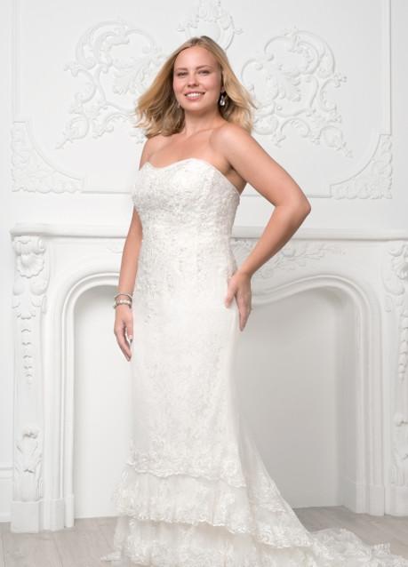 The Curvy Bride 1.jpg