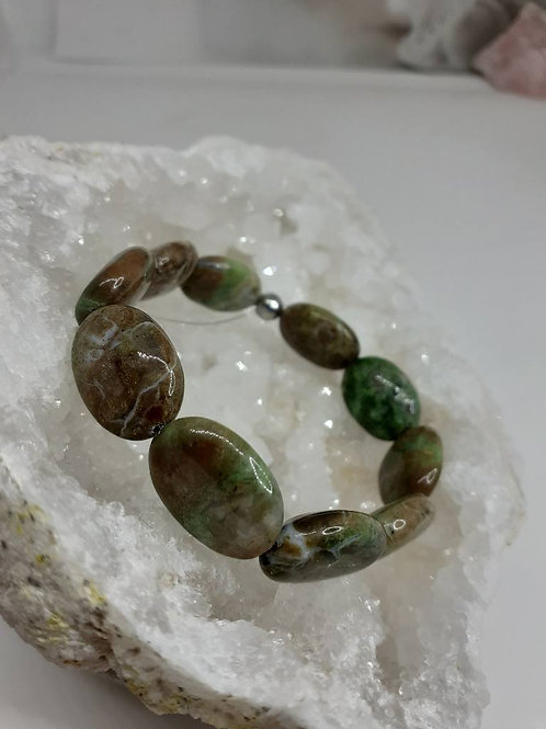 Bracelet Opale Verte forme ovale