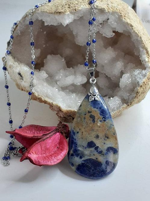 Magnifique Collier pendentif goutte Sodalite