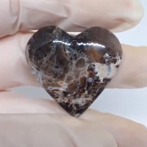 Collier Opale Noir coeur