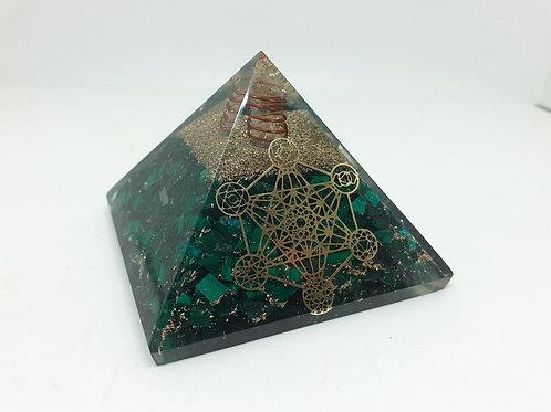 Pyramide Orgonite cube de Métatron Malachite