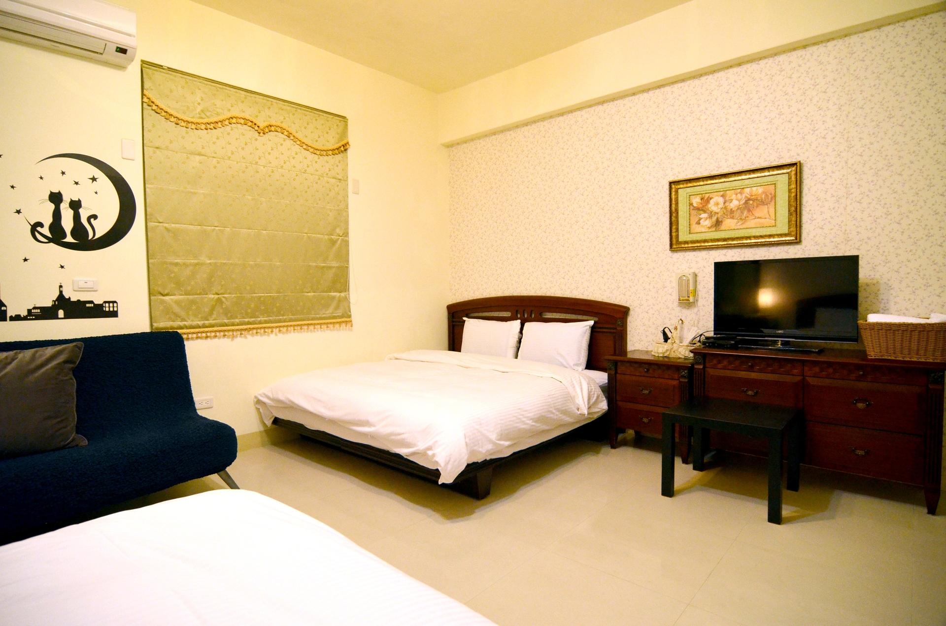 302-room2