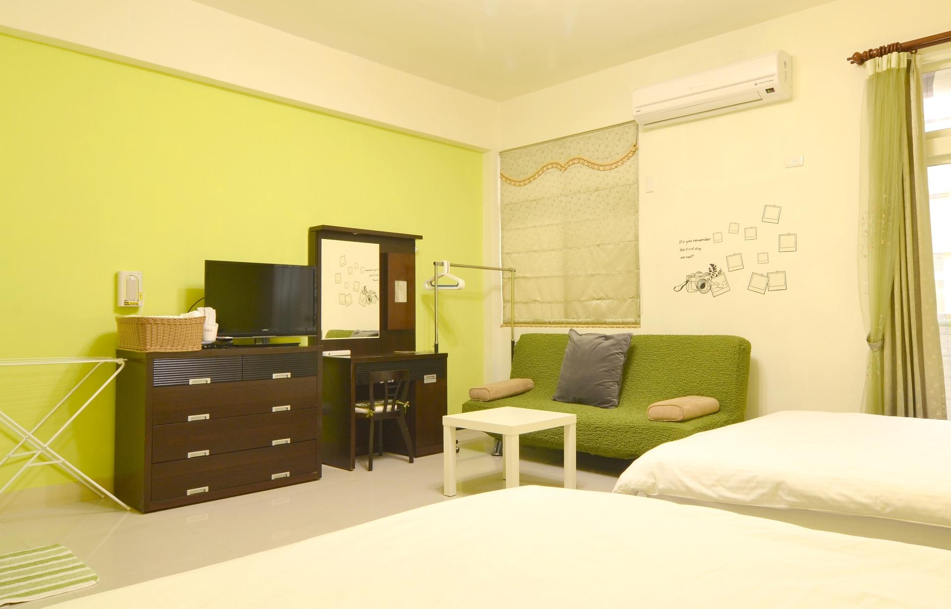 301-room2