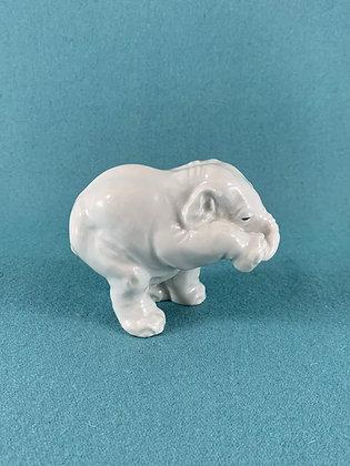 Nr: 22741 - Elefant Hvid Royal Copenhagen RC
