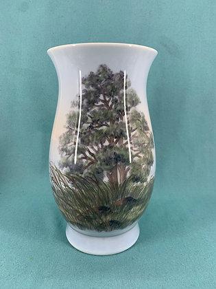 Nr: 1304/817 - Vase med landskab og dyr Royal Copenhagen RC