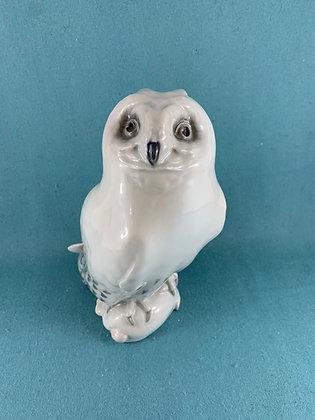 Nr: 467 - Hvid Ugle med mus/kanin Sjælden Royal Copenhagen