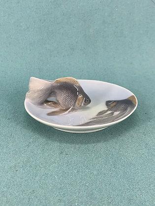 Nr: 931 - Skål med fisk Royal Copenhagen RC