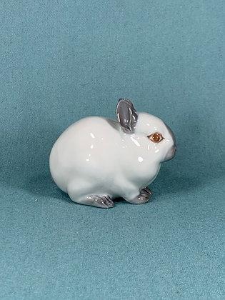 Nr: 4705 - Lille hvid kanin Royal Copenhagen