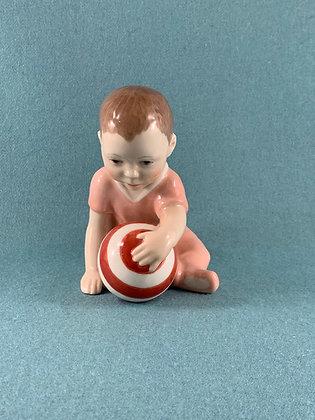 Nr: 023 - Pige Baby med Bold Lysserød Royal Copenhagen RC