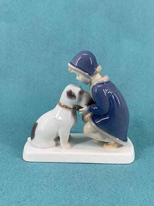 Nr: 2163 - Pige med hund Bing og Grøndahl B&G